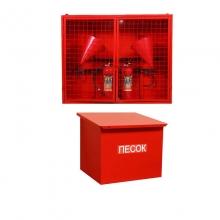 Пожарный щит в комплекте с ящиком для песка закрытого типа
